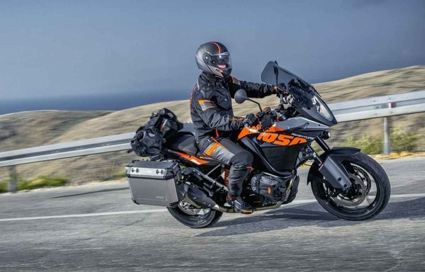 KTM 1050 Adventure motorcycle India launch in 2015