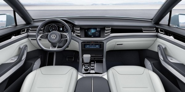 Volkswagen Cross Coupe GTE Concept interiors
