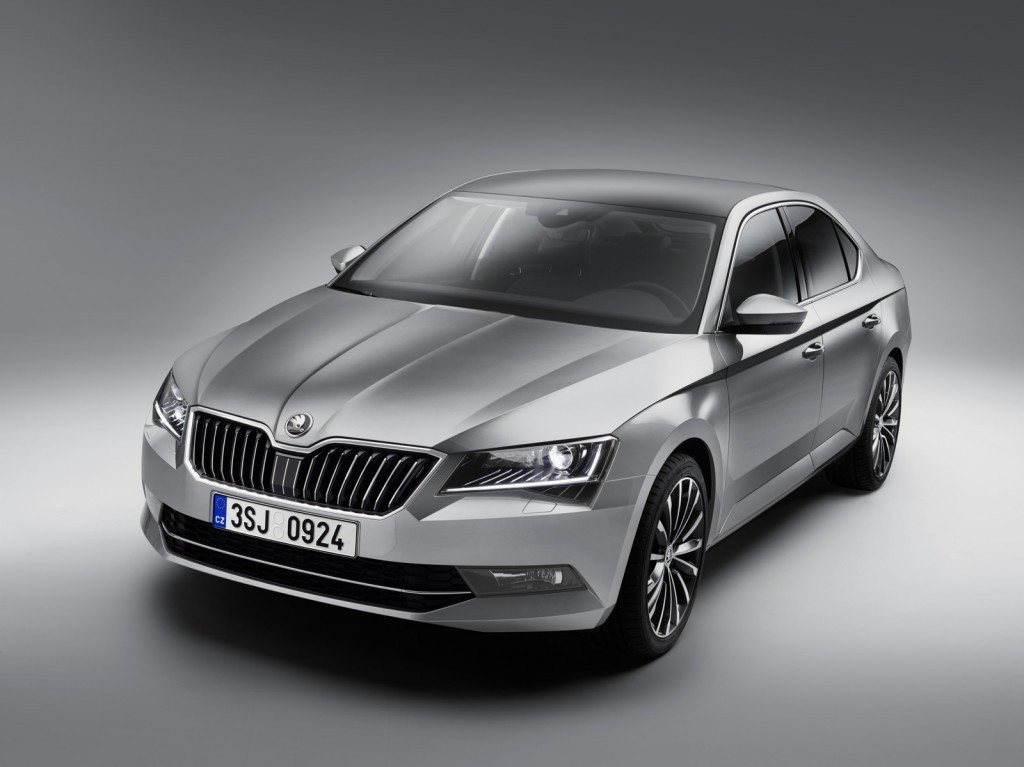 2016 skoda superb features specs images unveiled. Black Bedroom Furniture Sets. Home Design Ideas
