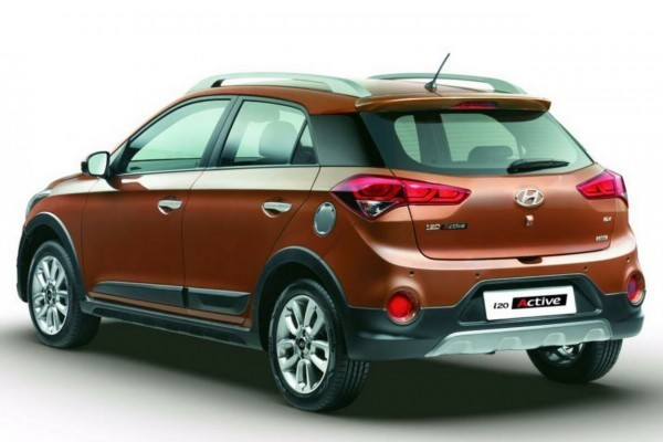 Hyundai i20 Active side profile