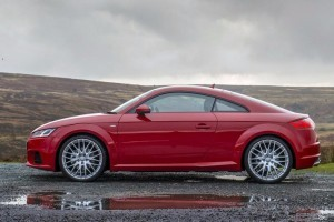 2015 Audi TT India side picture