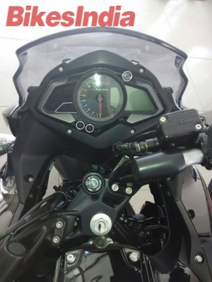 Bajaj Pulsar 200 AS dealership instrument cluster