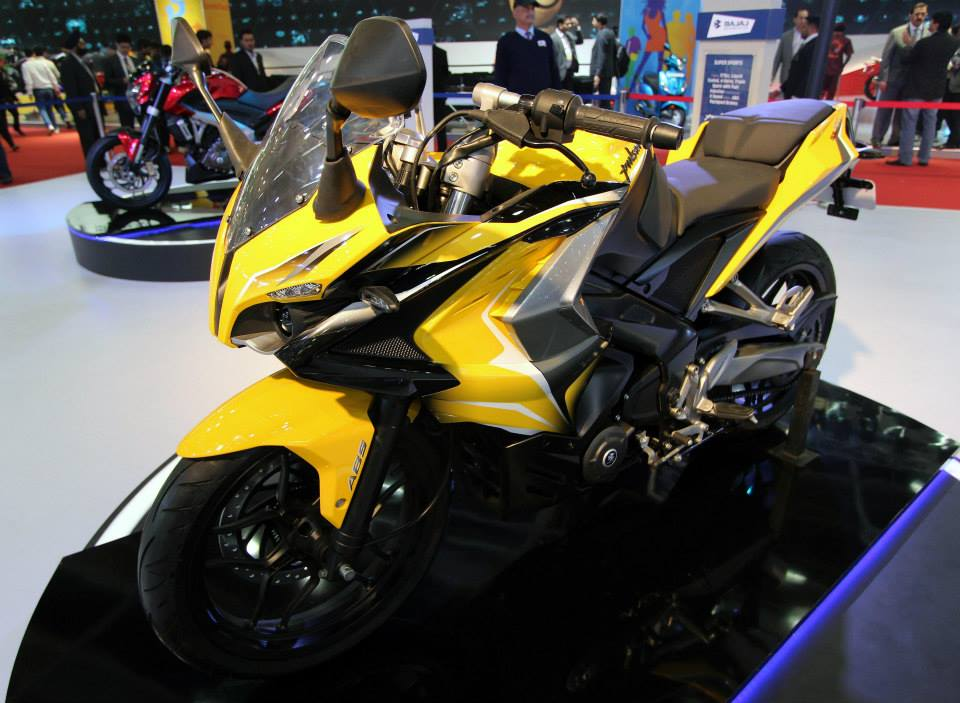 Bajaj RS 400 Price In India
