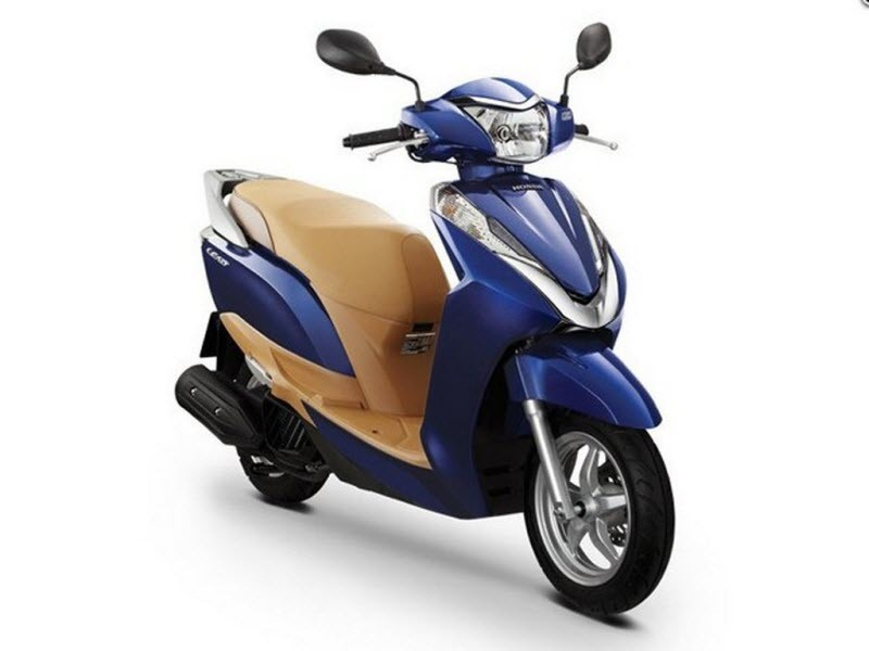 Honda Lead 125 blue pic
