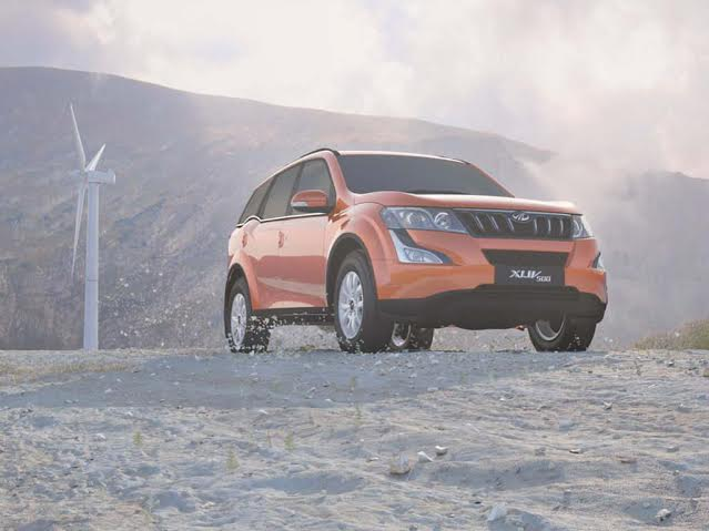 Mahindra xuv 500 automatic price mileage specifications for Xuv 500 exterior modified