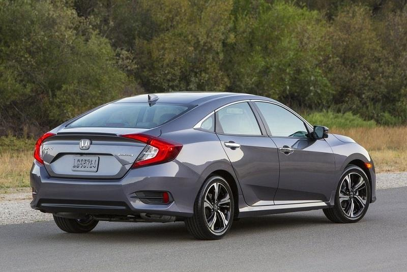 New Honda Civic 2016 side rear