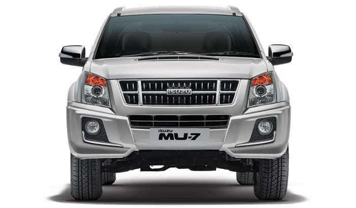 Isuzu MU7 Front