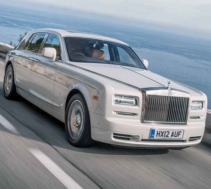 Akshay Kumar's Rolls Royce Phantom Car
