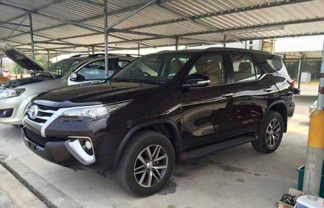 2016 Toyota Fortuner New Model front