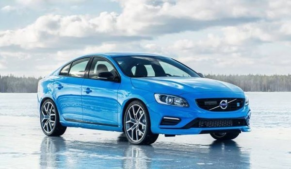 Volvo S60 side-front