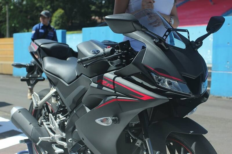 Yamaha R15 V3 - Bikes At Auto Expo 2018
