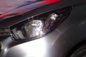 Chevrolet Beat Essentia headlight