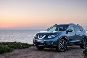 New Nissan X Trail 2016 side front