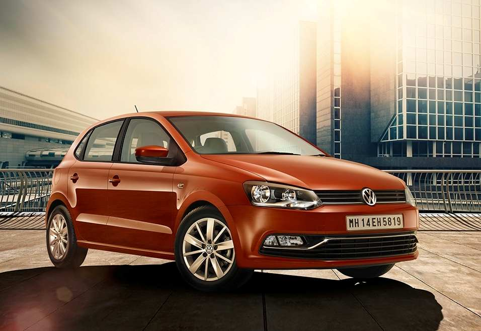 2016 Volkswagen Polo side front