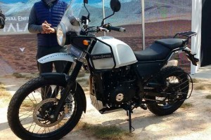 Royal Enfield Himalayan in white