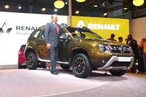 2016 Renault Duster side view