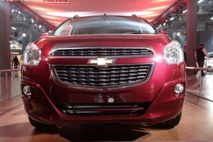 Chevrolet Spin front grille