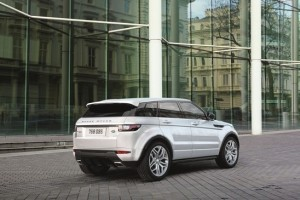 2016 Range Rover Evoque rear side