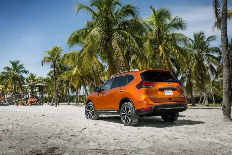 2016 Nissan X Trail Hybrid India rear
