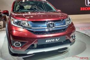 Honda BR-V headlights