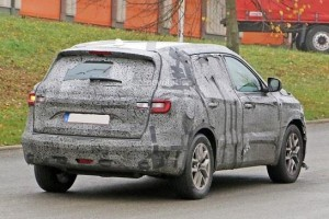 New Renault 7-Seater SUV rear