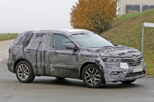 New Renault 7-Seater SUV side profile
