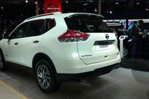 New Nissan X Trail 2016 rear side profile