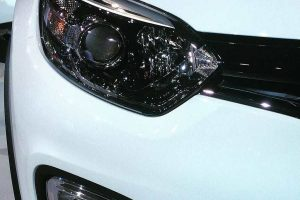 Renault Kaptur India headlight