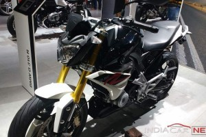 TVS BMW G310R front view