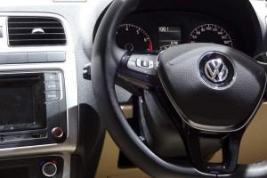 Volkswagen Ameo steering