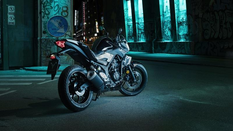 Yamaha MT 03 naked bike