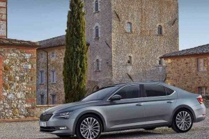 New Skoda Superb 2016