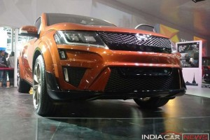 Mahindra XUV Aero concept front grille