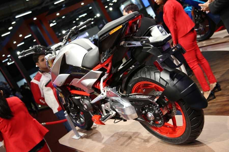 Hero Xtreme 200S rear