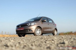 Tata Tiago front side