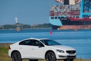 Volvo S60 Cross Country India price