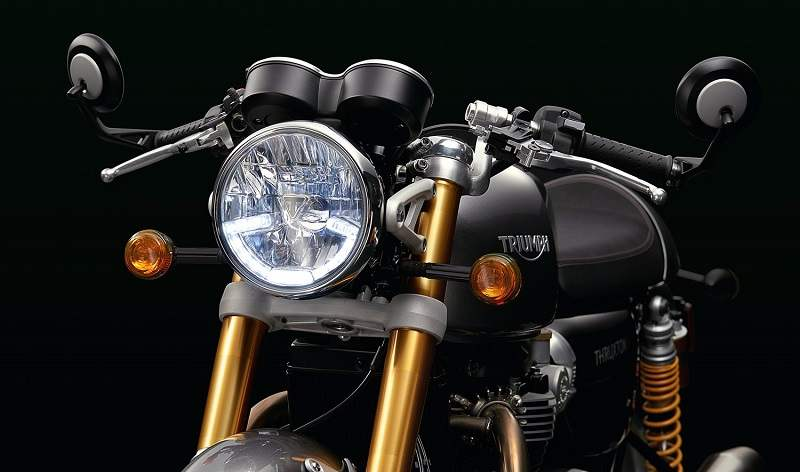 New Triumph Thruxton R 2016 headlight