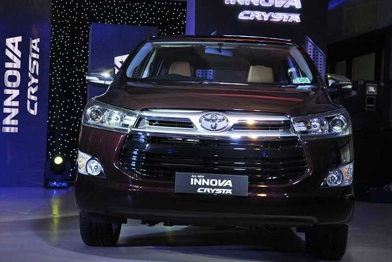 Toyota Innova Crysta sales in India