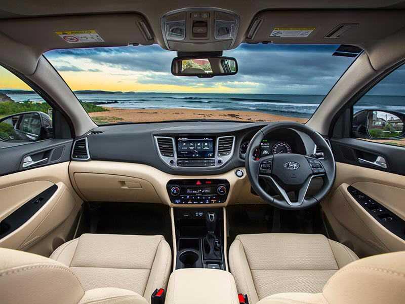 2016 Hyundai Tucson SUV cabin