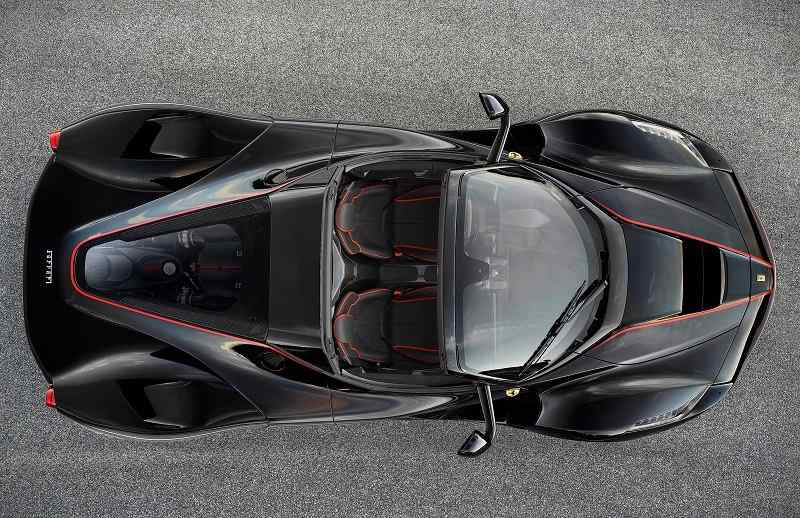 2017 Ferrari LaFerrari Aperta top view