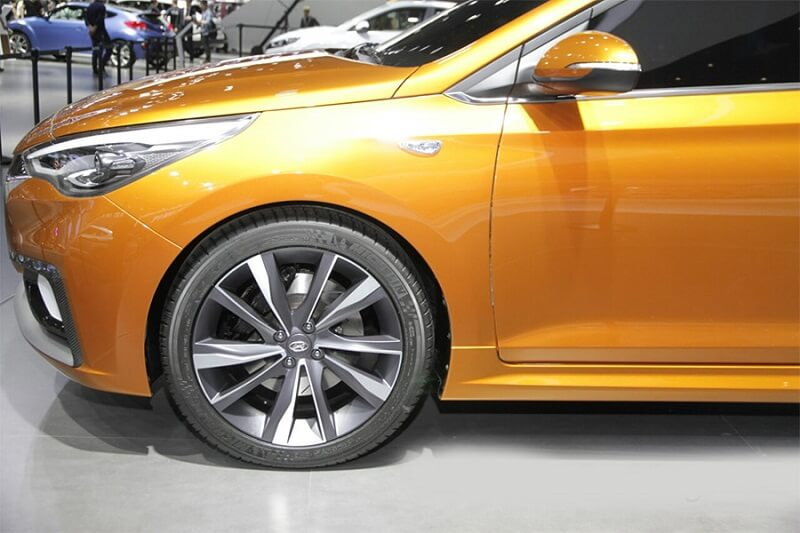 2017 Hyundai Verna wheels