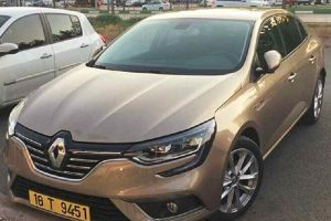 2017 Renault Megane Sedan India spied front