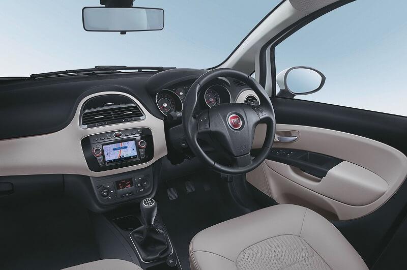 Fiat Linea 125 S interior pic