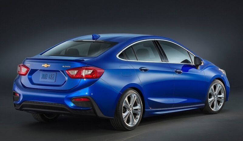New Chevrolet Cruze 2017 India side