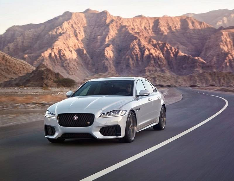 2016 Jaguar XF India price