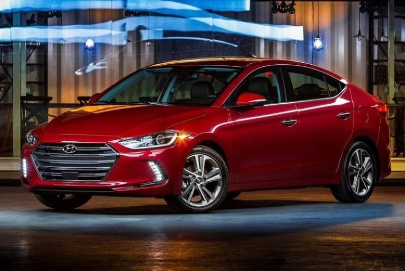 New Hyundai Elantra headlamps