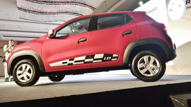 Renault Kwid 1.0L 1000cc side view
