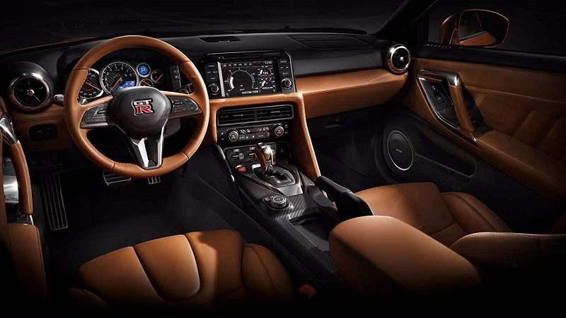 2017 Nissan GTR India interior