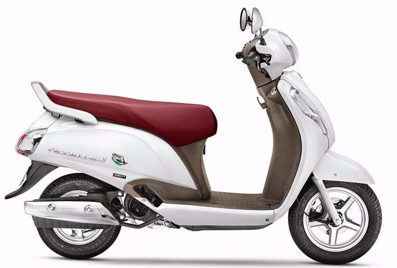 Suzuki Access 125 Special Edition side