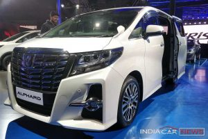 Toyota Alphard India Auto Expo 2018